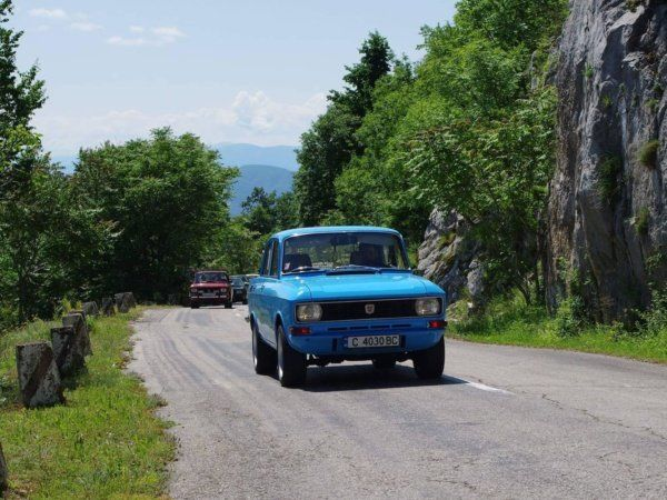 iskar gorge Moskvitch_Bulgaria_Old_Car1